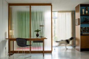 The Frost House Interiors Preservation Modernism Indiana Usa Dezeen 2364 Col 0